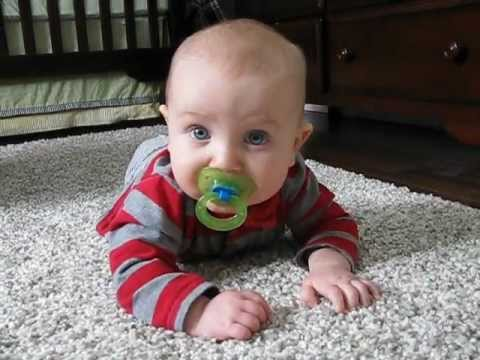How to Teach Baby to Crawl: 6 Activities You Should Try