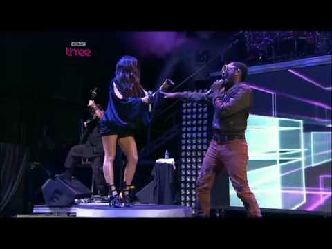 Black Eyed Peas Meet Me Halfway Glastonbury 09