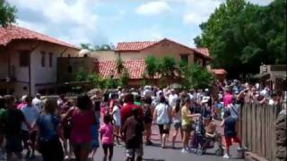 Frontierland at Magic Kingdom!  Walt Disney World 2011 HD
