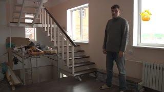 видео Чем обшить потолок в деревянном доме внутри