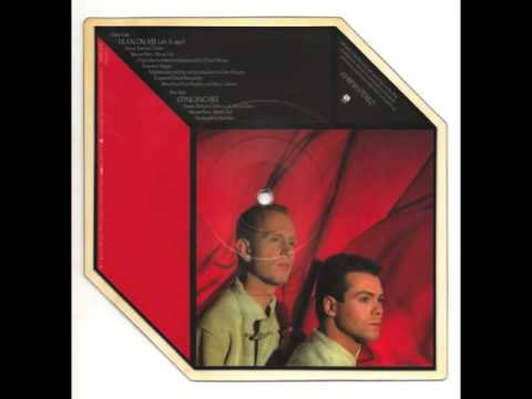 RED BOX - LEAN ON ME - vinyl