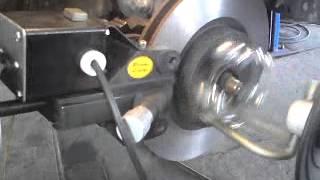Проточка тормозных дисков на Toyota Camry 40