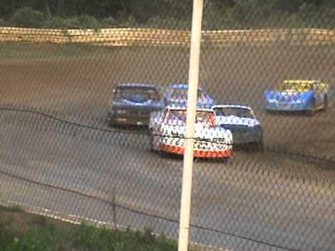 lakeville speedway 6-17-11 heat race (justin patterson) pt.1