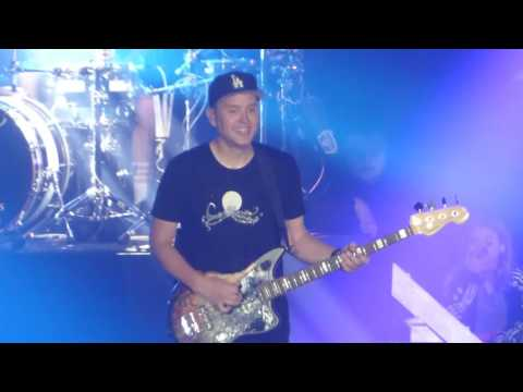"""Carousel"" Blink 182@Sands Bethlehem PA Event Center 6/23/16"