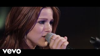 Repeat youtube video Cassadee Pope - I Wish I Could Break Your Heart (Live)