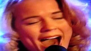 Ilse de Lange allereerste optreden Paul de Leeuw