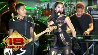 Download Video Imey Mey - Gua Mah Gitu Orangnya  (Live Konser Garut 9 Mei 2015) MP3 3GP MP4