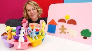 Nicoles Spielzeug Kindergarten - Die kleine Ponys kneten mit PlayDoh
