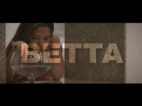 BETTA - curta metragem (Short film - English Subtitles)