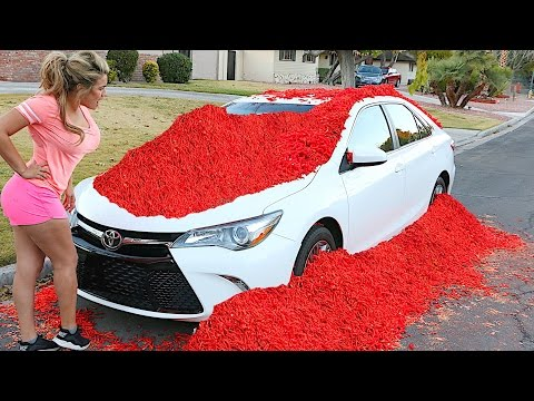 HOT CHEETOS AND TAKIS ON CAR PRANK!!!