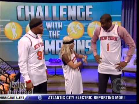 Amare Stoudemire ballin with Kelly and Michael 103012