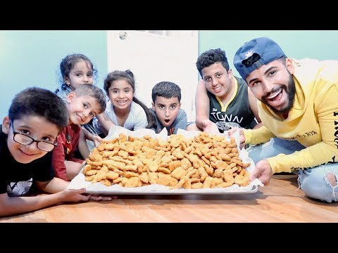 EATING 100 CHICKEN NUGGETS IN 10 MINUTES CHALLENGE!!!