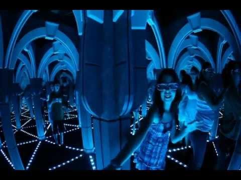 The Amazing Mirror Maze Amp The Vault Laser Challenge San