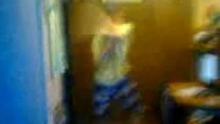 мое первое видео как мой брат танцует танец тектоник(, 2016-08-15T08:50:23.000Z)