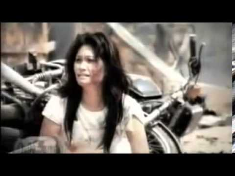 st 12 - memujamu (official video clip) - youtube.mp4