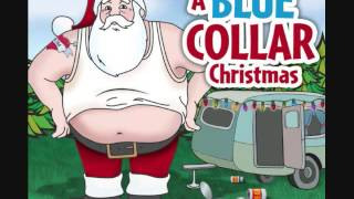 Grandma got run over by a reindeer - A Blue Collar Christmas T01