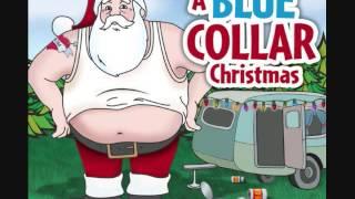 Grandma got run over by a reindeer - A Blue Collar Christmas T01