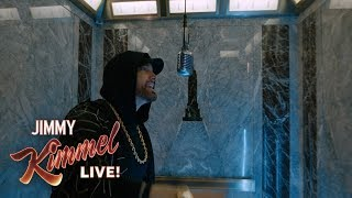 "Gambar cover EXCLUSIVE - Eminem Performs ""Venom"" from the Empire State Building! Presented by Google Pixel 3"