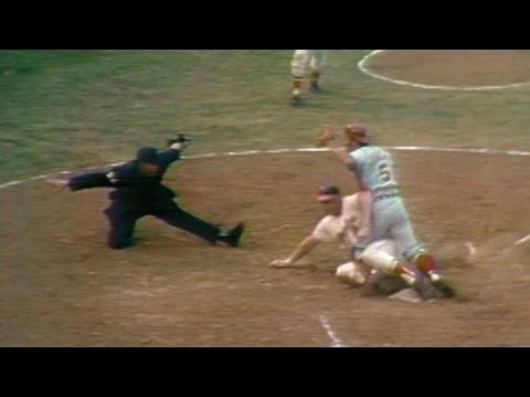 1970 WS Gm5: Powell scores on Rettenmund