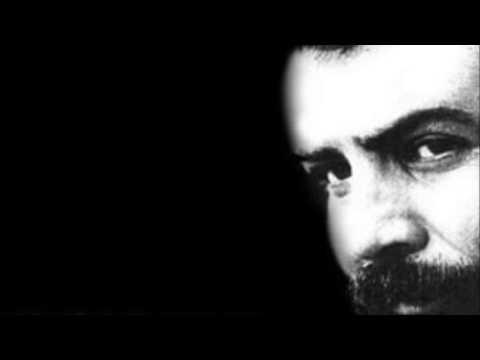 Ahmet Kaya - Evlerinin Önü
