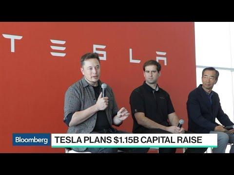 Tesla Seeks Up to $1.15B as Musk Hedges Model 3 Risk