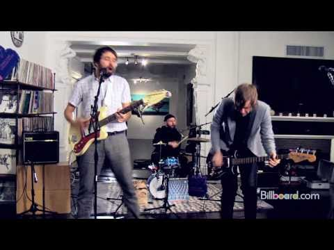 "Peter Bjorn & John - ""Breaker Breaker"" (Studio Session) LIVE"