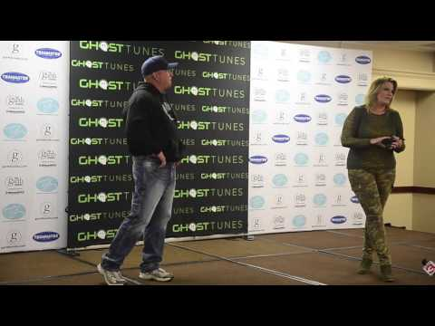 Press Conference with Garth Brooks