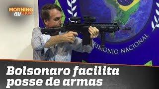 Bolsonaro assina decreto sobre armas: a melhor discussão que você vai ver hoje!