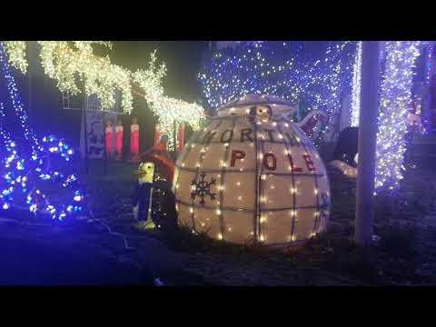 VOTED BEST DRESSED HOUSES IN CINCINNATI | CHRISTMAS LIGHTS 🎅🏾