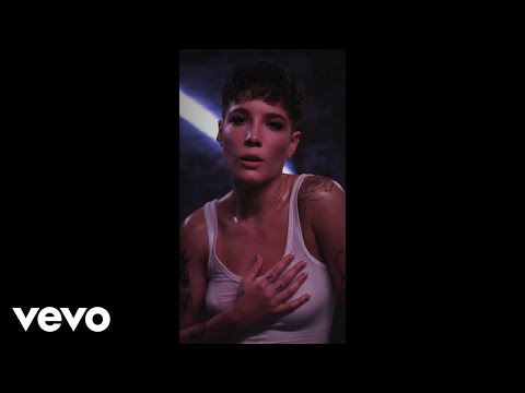 Halsey - Without Me Vertical