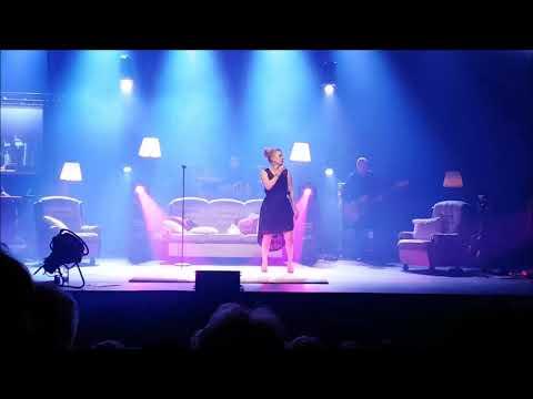 Laura Voutilainen - Miks ei -konsertti Logomo turku 20171216