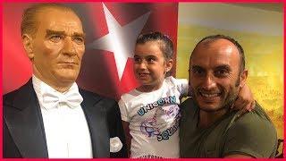 Rüya İle Bal Mumu Heykel Müzesini Gezdik, Atatürk, Barış Manço ve Daha Fazlası | Çocuk Videosu