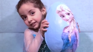 GIANT Frozen Surprise Egg - Toys & More! - Princesses In Real Life | WildBrain Kiddyzuzaa