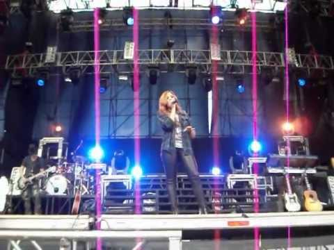 Soundcheck: My Love is Like a Star - Demi Lovato. Caracas, Venezuela.