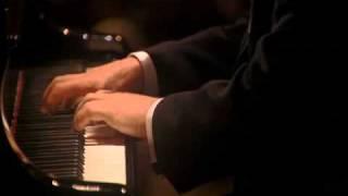 Beethoven. Sonata nº 15 en Re M, Op 28 - III. Scherzo: Allegro... IV. Rondó: allegro ma ...