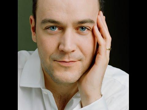 Venue Cymru - Interview with Concert Pianist Leon McCawley (November 2015)