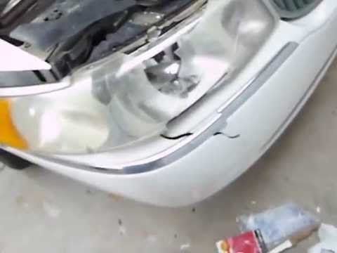 Changing A Headlight And Fixing A Bumper On A Lincoln Towncar Youtube