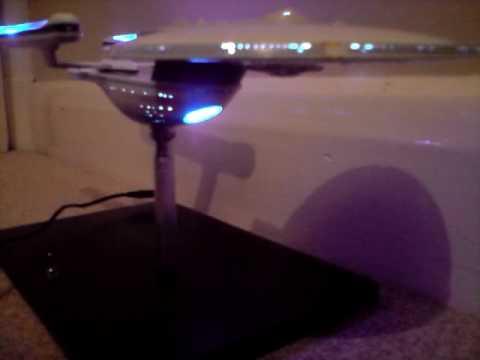 Star Trek Uss Excelsior model lighting & Star Trek Uss Excelsior model lighting - YouTube
