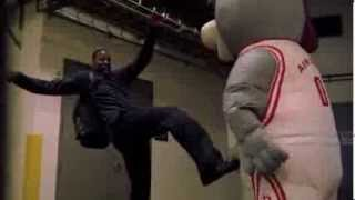 Repeat youtube video Houston Rockets Mascot scares the sh*t out of Dwight Howard and other players
