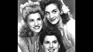 The Andrews Sisters - The Woodpecker Song 1940