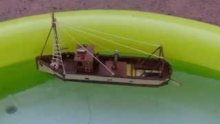 bateau chalutier moteur pop pop