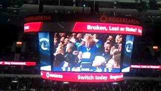 epic dance moves by little kid at the canucks game oct 26th 2010