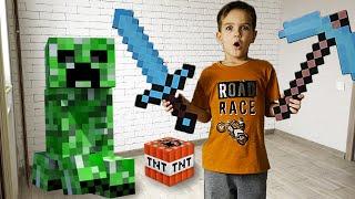 Портал из игры Майнкрафт в реальной жизни привел Крипера. Видео для детей.