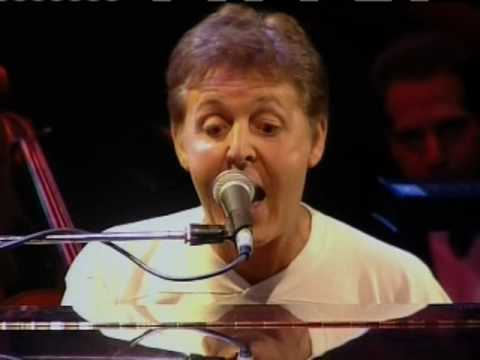 HEY JUDE / Paul McCartney / George Martin and various singers