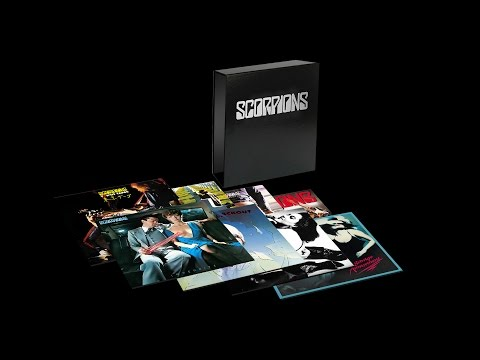 Unboxing 50th Anniversary Deluxe Box Set