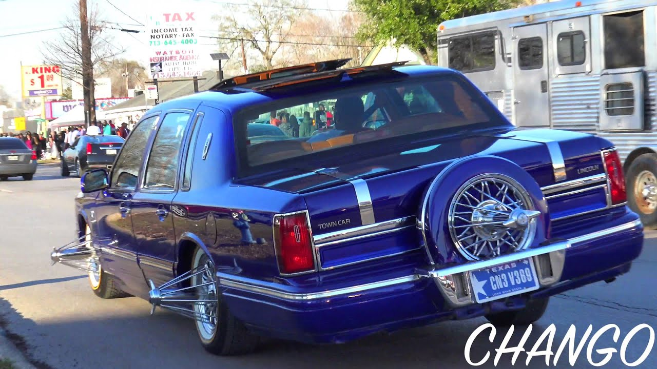 Lincoln Town Car On Swangas
