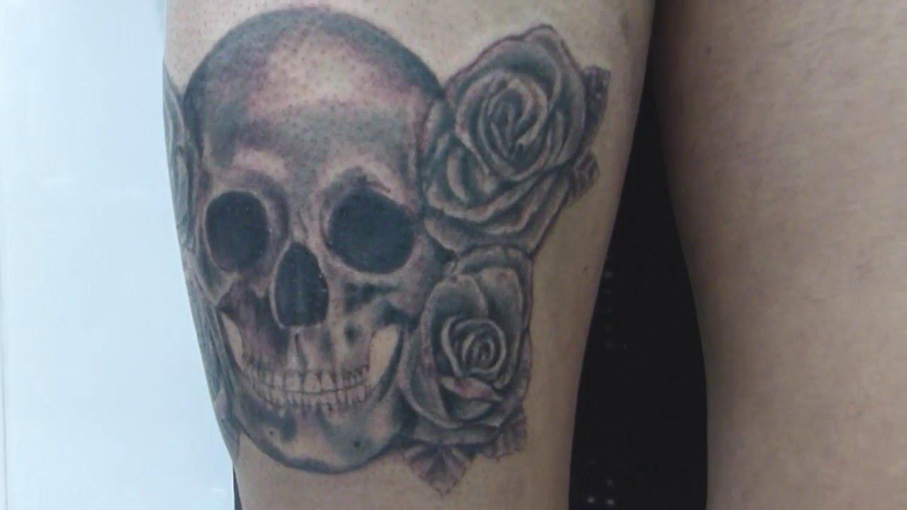 Tatuaje Calavera Y Rosas Youtube