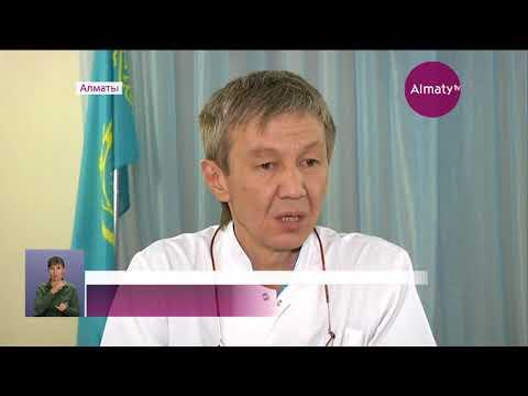 Мать с тремя детьми едва не погибли под колёсами внедорожника в Алматы (29.09.17)