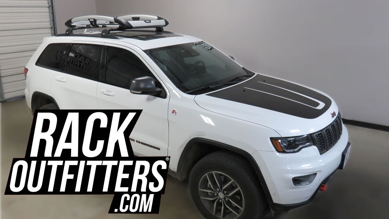 Jeep Grand Cherokee With Thule Trail Xt Aluminum Roof Top