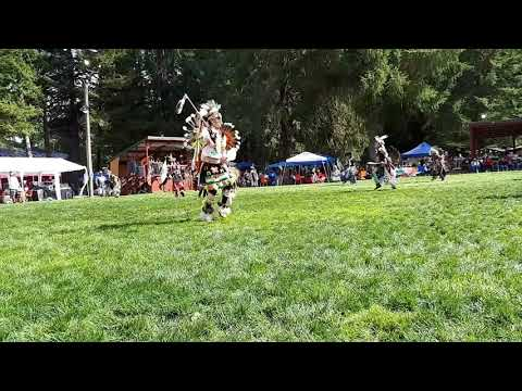 Mens Traditional @ Siletz Pow Wow 2017